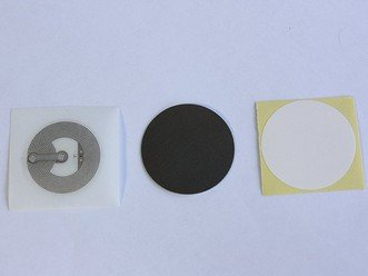 20 NTAG216,10 Anti metal protection layer, 20 NFC Tags NTAG216 Clear Stickers, 10 White Labels,1 Epoxy hang tag